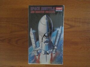 Space Shuttle and Booster Rockets Plastic Model 1/288 scale Kitchener / Waterloo Kitchener Area image 1