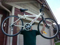 CCM 21 Speed Mountain Bike Excellent Condition in Crowsnest Pass