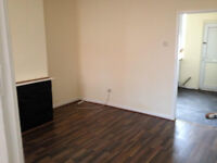 HOUSE TO LET 2 BEDROOM OLDHAM