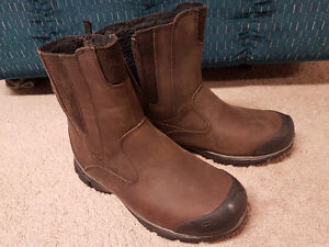 WINDRIVER BOOTS - THERMAL, HALF PRICE!