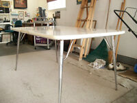 RETRO CHROME KITCHEN TABLE