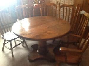 Pine dinning room set