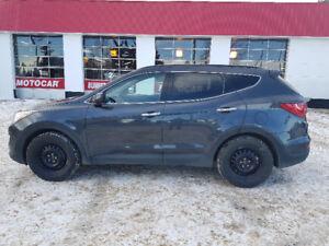 2016 Hyundai Santa Fe Sport *AWD* Heated seats* Rvse sensors*