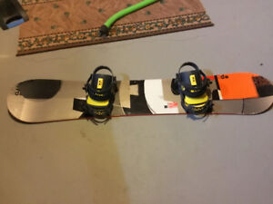 Snowboard with binding for men and women (burton and union)