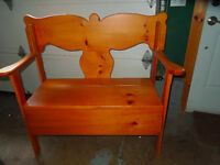 Knotty Pine Deacon's Bench
