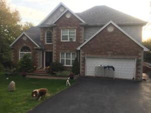 House for rent in Gen Arbour near golf course
