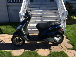 Piagio FLY 150 Scooter