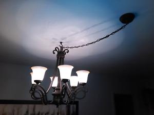 Lumière suspendue luminaire plafonnier lampe 6 globes 35$