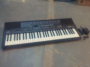 Yamaha PSR-210 Electric Piano Keyboard