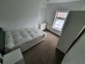 Double rooms-Newly refurbed, fully furnished, All bills in LU1