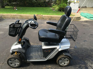 2013 Pride Pursuit XL 4W Mobility Scooter14KM/HR