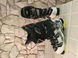 Salomon Quest 130 ski boots - excellent condition