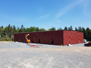 PRE-LEASING – COMMERCIAL BAYS (Construction Spring 2017)