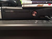 Xbox 360 with kinect, one controller and 5 games