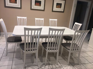 White Kitchen or Dining Set 42 x 78 -- 8 white/grey chairs