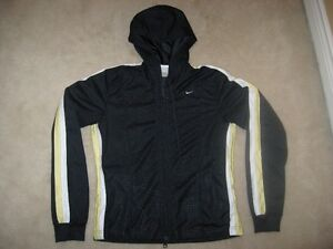 Woman's Nike Hooded Zip Up Sweater