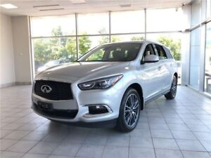 2017 Infiniti QX60 15, 000 KMS----EVERY FEATURE-ONE OWNER