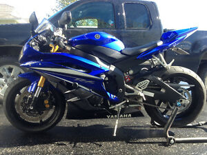 2007 Yamaha R6 - CRAZY CLEAN BIKE