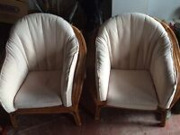 Conservatory furniture table and chairs
