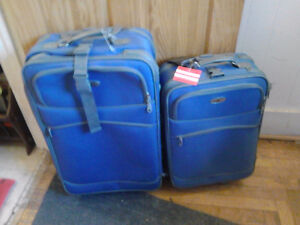 2 PIECE MATCHING LUGGAGE SET..EVERYTHING IS GOOD NO PROBLEMS
