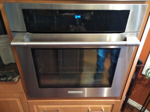 Stainless Steel Electrolux Icon Built-In Convection Oven
