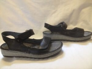 New for 2018 Naot Black All Leather Wedge Sandals Ladies 37M