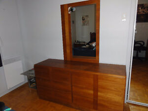 TEAK 4 piece bedroom -excellent condition -reason moving