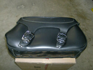USED YAMAHA OEM SADDLEBAGS FOR ROADSTAR VSTAR 1100 VSTAR 650 Kitchener / Waterloo Kitchener Area image 2