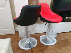 2 x Brandnew Breakfast/Kitchen bar stools Red/Black