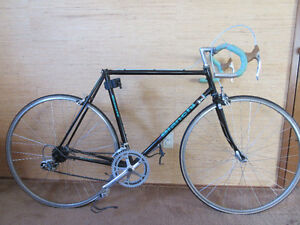 VINTAGE Bianchi...READY ! EXCELLENT BUY!