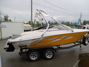 2008 FOUR WINNS H200 SS WITH 5.7L
