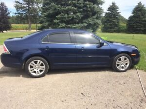Excellent Condition - 2007 Ford Fusion SEL, AWD
