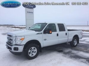 2016 Ford F-250 Super Duty F-250 XLT   Only 6000KMS!!!