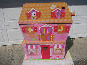 LALALOOPSY SEW MAGICAL HOUSE WITH PET ELEVATOR