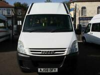 IVECO DAILY 40C12 13 SEAT WHEELCHAIR ACCESSIBLE FRONT ENTRY MINIBUS
