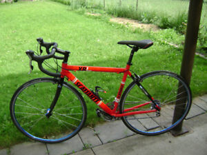 Road bike Scattante XRL Team. In very good condition.