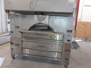 Bakers Pride Ovens Great for Pizzeria or Bakery