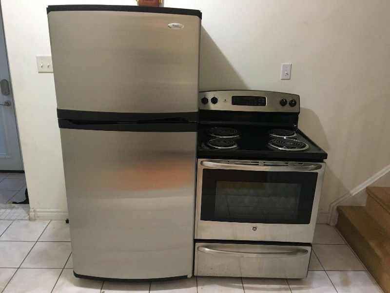 Stainless steel whirlpool fridge GE stove kitchen appliance set ...