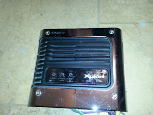Sony X-plod / mint condition !! car amp./see my other ads