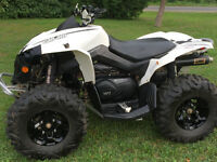 NICE WHITE CAN-AM RENEGADE 800R 7200$ OBO ! NO TRADES