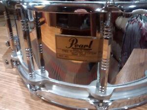 Pearl Free Floating Snare Steel