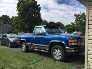1994 GMC Sierra 1500 w/350 and 4X4 No Rust Low Kms Very Rare
