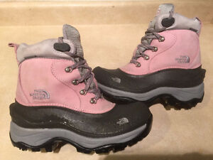 Women's The North Face Waterproof Winter Boots Size 6.5