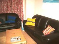 4 bedrooms in Hessle View, Hyde Park, Leeds LS6 1ER