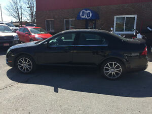 2010 Ford Fusion SEL AWD V6 !!! LOW KM !!!