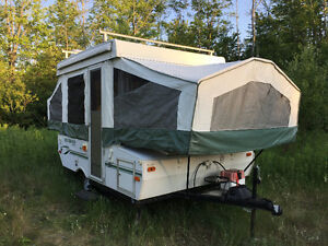 Rockwood Freedom Series Tent trailer