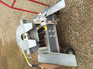 For sale: fifth wheel hitch