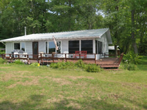 4-Season Waterfront Cottage for sale