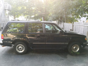 1997 Ford Explorer- DOES NOT RUN