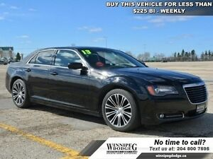 2013 Chrysler 300 S w/Sunroof  Leather *LOCAL TRADE*  w/Panorami